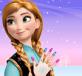 Anna làm móng tay