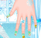 Elsa làm móng 2